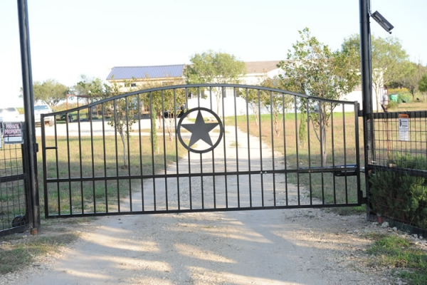 Custom Gate - Metal Artwork Waco, Texas